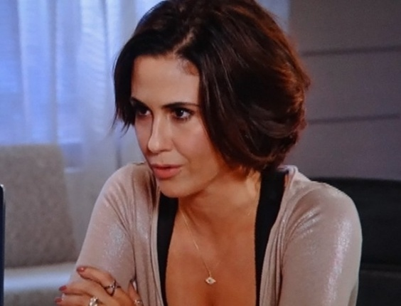 """12.dez.2012 - Em """"Guerra dos Sexos"""", Manoela contrata advogada para acabar com Fábio"""