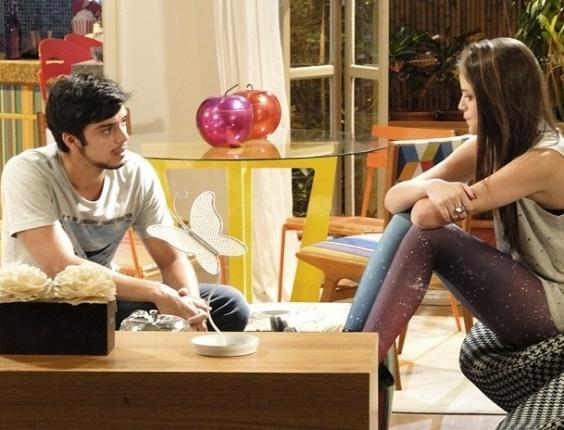 """Em """"Malhação"""", Bruno se arrepende de ter ficado com Rita na frente de Fatinha em  festa"""
