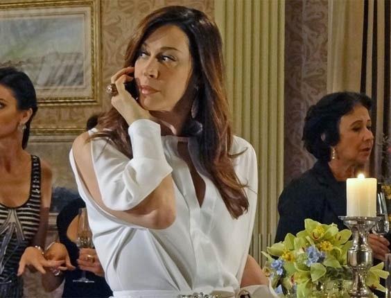 14.dez.2012 - Cláudia Raia em cena de