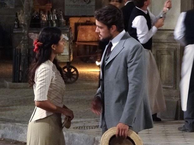 """Em """"Lado a Lado"""", Albertinho tenta seduzir Gilda"""