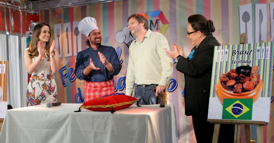 """Em """"Carrossel"""", pai de Jaime conquista primeiro lugar no Festival Gastronômico da Escola Mundial"""