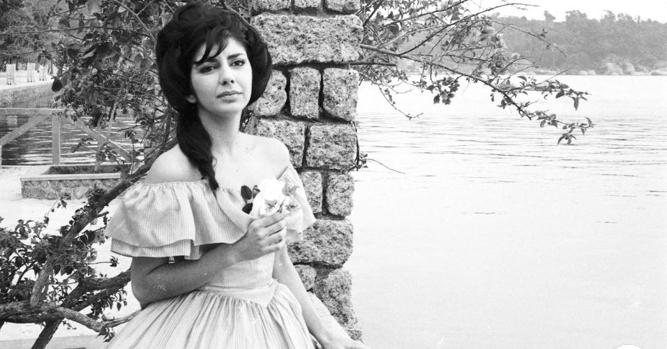 """1965 - Marília Pêra interpretou Carolina na novela """"A Moreninha"""""""