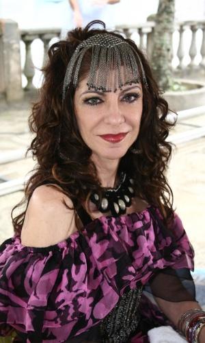 "2006 - Marília Pêra interpretou Milú na novela ""Cobras & Lagartos"""