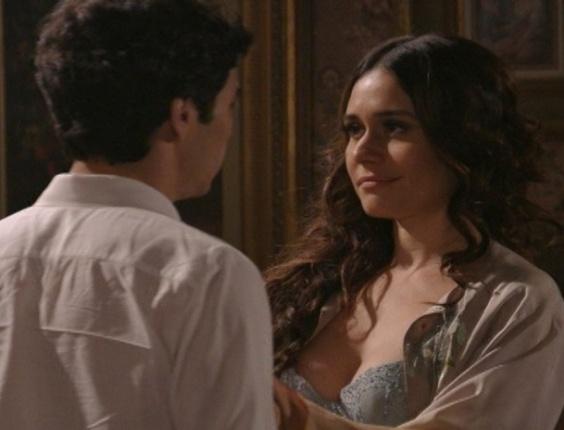 """23.jan.2013 - Em """"Lado a Lado"""", após descobrir que Fernando está rico, Catarina quer tornar público caso com o irmão de Edgar"""