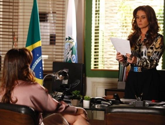 """Em """"Salve Jorge"""", Lívia consegue escapar, mais uma vez, de Helô"""