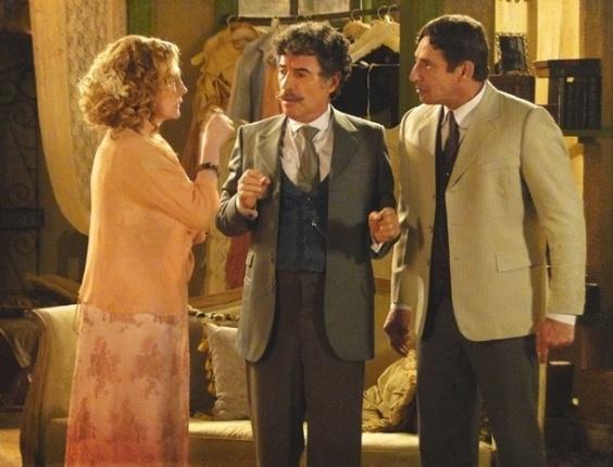 """Em """"Lado a Lado"""", Frederico tem ataque de ciúmes de Luciano e acaba magoando Diva"""