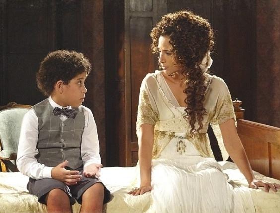 """18.fev.2013 - Em """"Lado a Lado"""", Elias pede para ver Constância e deixa Isabel preocupada"""