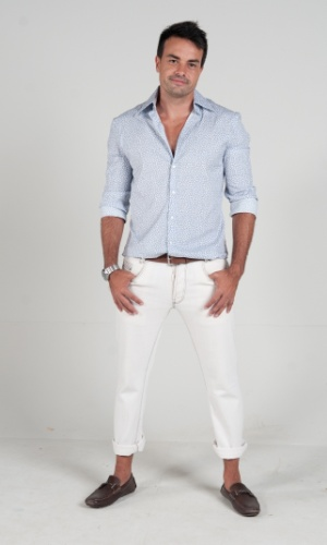 "2013 - Marcio Kieling interpreta Vitor Hugo em ""Dona Xepa"""