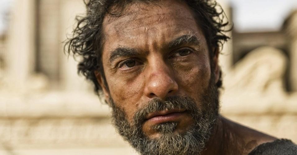 """5.mar.2013 - O apóstolo Pedro em cena da série """"A Bíblia"""", exibida nos EUA pelo History Channel"""