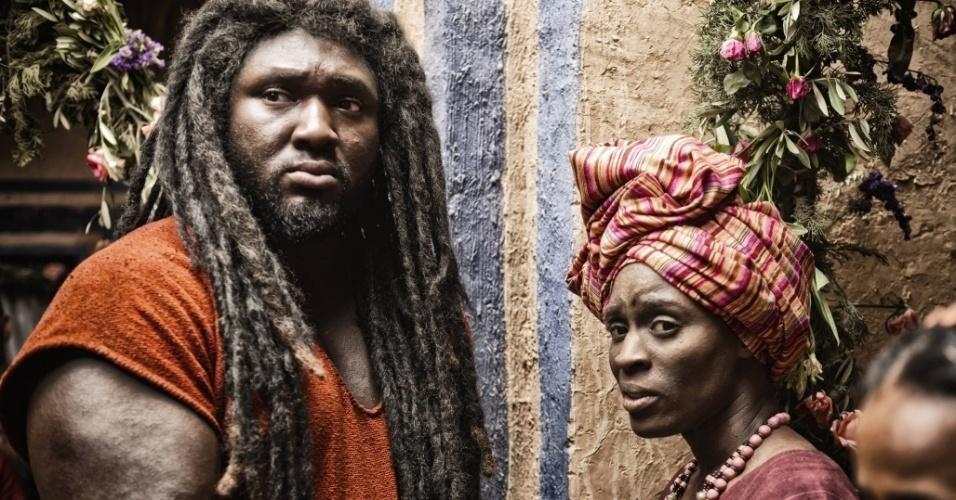"""5.mar.2013 - Sansão e sua mãe em cena da série """"A Bíblia"""", exibida nos EUA pelo History Channel"""
