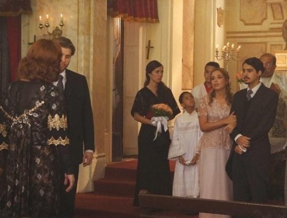 """7.mar.2013 """"Em Lado a Lado"""", Jonas e Alice se casam em segredo"""