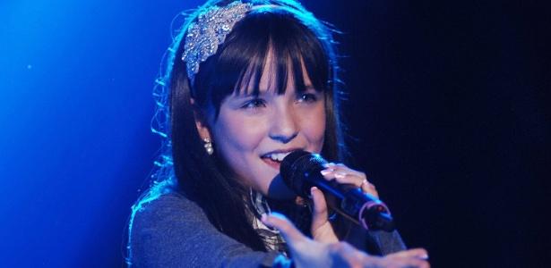Larissa Manoela vira cantora e lança seu primeiro álbum no segundo ... 7ea3a693cd