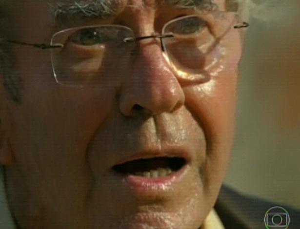11.mar.2013 Na Vila dos Ventos, 70 anos depois da Segunda Guerra, Samuel ainda se apavora com o barulho do avião caça