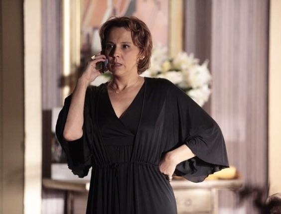 "18.mar.2013 - Em ""Salve Jorge"", Helô diz para Rachel se afastar de Wanda"