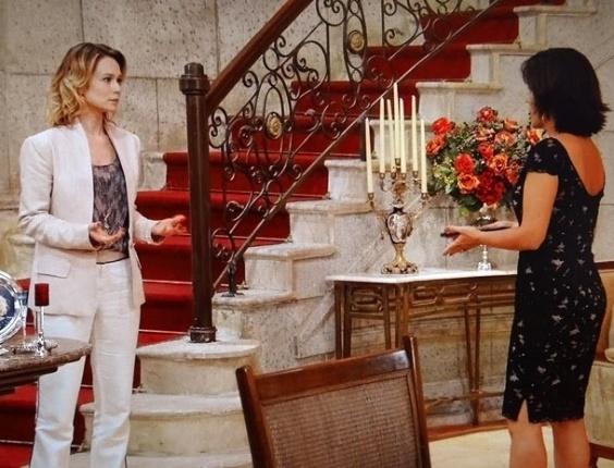 """19.mar.2013 Em """"Guerra dos Sexos"""", Juliana assume que foi atrás de Nando e Roberta fica decepcionada"""