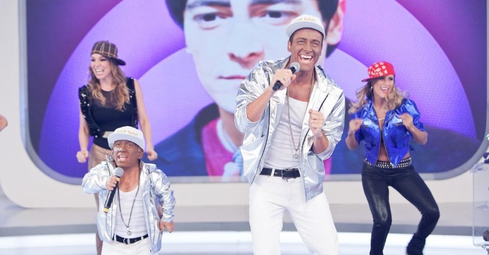 """23.mar.2013 - Em """"O Melhor do Brasil"""" deste sábado (23), Rodrigo Faro se transforma em Buchecha"""