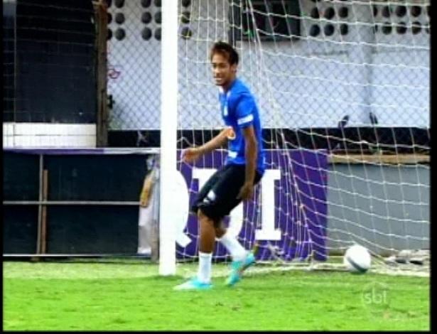 """Cirillo comemora gol em Neymar durante participação do atacante em """"Carrossel"""""""