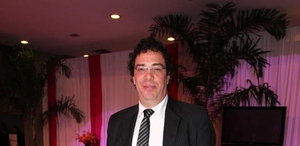 Gilvan Ribeiro fala sobre os desafios de fazer a biografia do ex-jogador  - Foto Rio News
