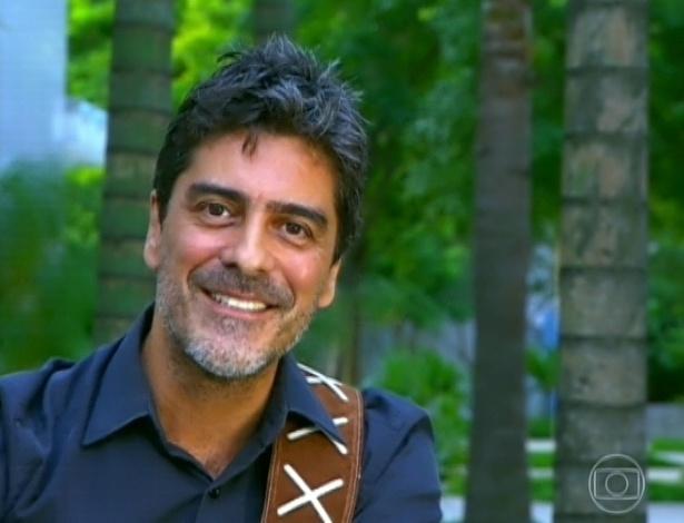 """30.mar.2013 - Junno Andrade dá depoimento no programa """"TV Xuxa"""": """"Que você continue essa moleca linda por mais 50 anos"""", disse Junno para a namorada"""