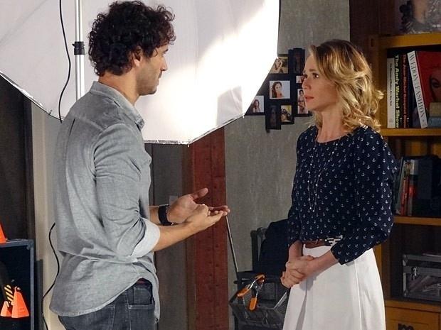 """Em """"Guerra dos Sexos"""", Juliana fala para Fábio que ama Nando"""