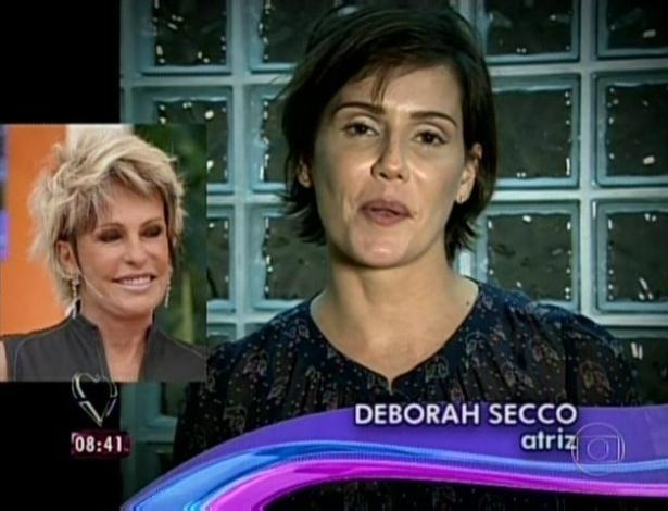 1.abr.2013 - A atriz Deborah Secco mandou mensagem de parabéns para Ana Maria Braga