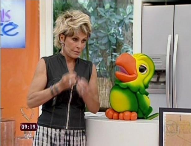"""1.abr.2013 - Louro José apresentou o """"Mais Você"""" especial do aniversário de Ana Maria Braga"""
