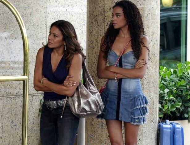 """3.abr.2013 Dira Paes e Lucy Ramos, Lucimar e Sheila de """"Salve Jorge"""", gravam cena da trama em hotel na Barra da Tijuca"""