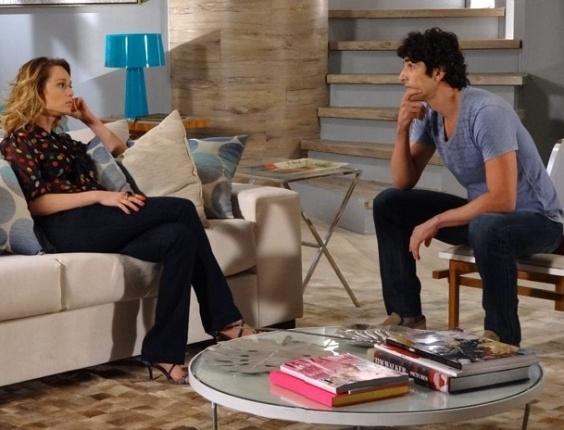 """Em """"Guerra dos Sexos"""", Juliana e Nando discutem sobre lugar onde irão morar depois de casados"""