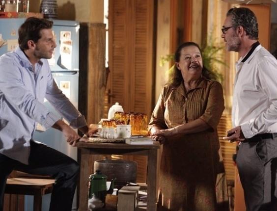 """12.abr.2013 - Em """"Flor do Caribe"""", Cassiano vira empresário e compra um bar em Vila dos Ventos"""