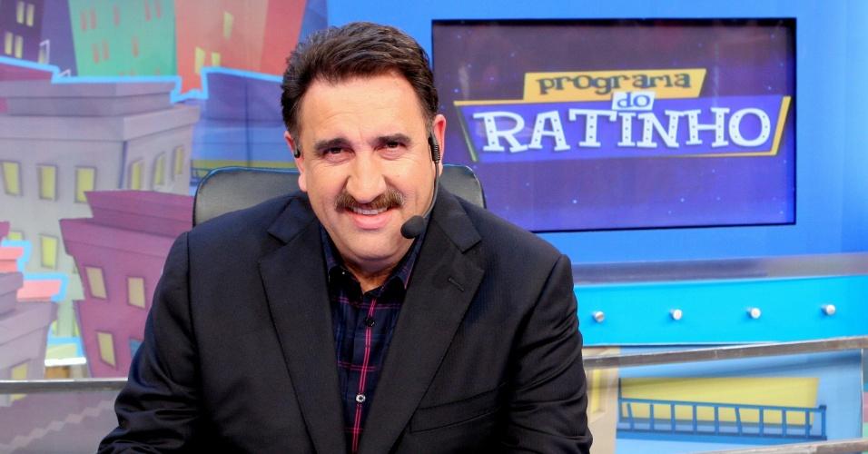 Ratinho estreia novo cenário no programa do SBT (2012)