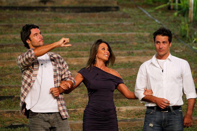 Daniel Bueno, Lizzi Benites e Sergio Abreu--visivelmente nervoso-- chegam à final de