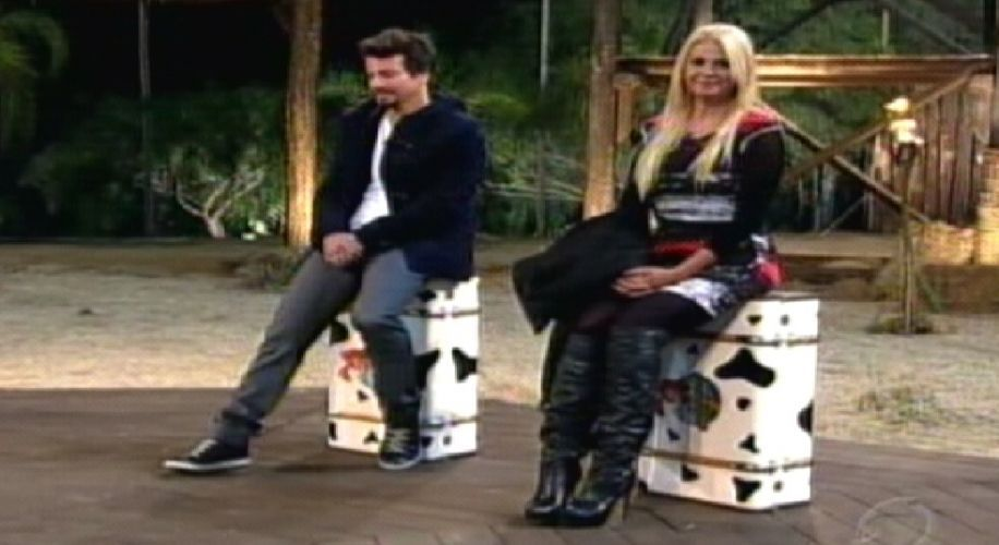 Roceiros aguardam decisão do público (04/10/11)
