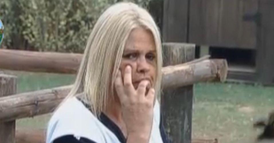 Monique reclama que éguas estão mais nervosas (09/10/11)