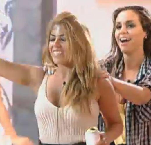 Raquel e Renata dançam (10/10/11)