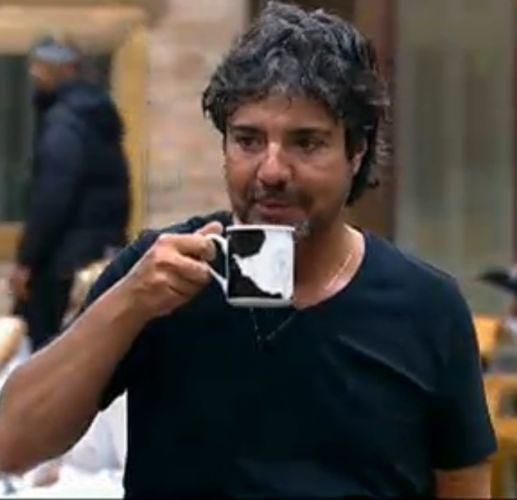 João Kléber toma café (23/07/2011)