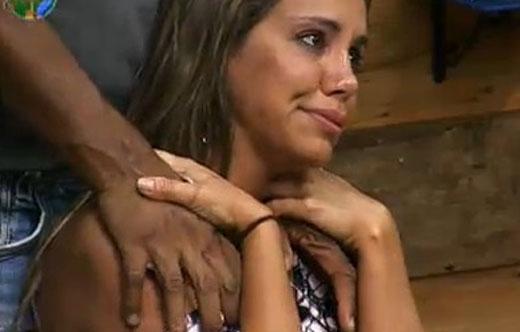 Peões se emocionam durante jantar (25/7/2011)
