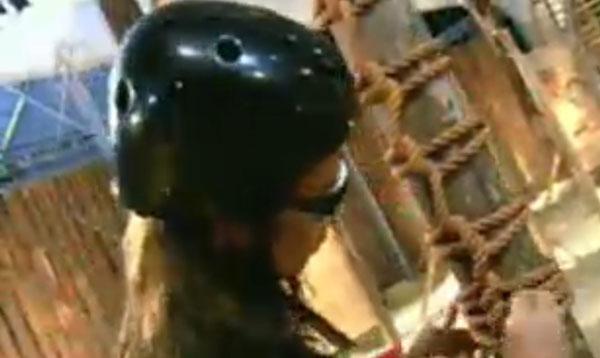 Renata Banhara teve dificuldades de prosseguir logo no primeiro obstáculo (26/07/11)