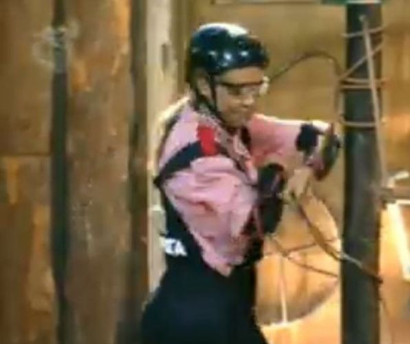 Renata Banhara foi a última colocada na prova de obstáculos (26/07/11)