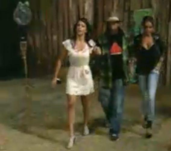Taciane Ribeiro, Gui Pádua e Renata Banhara chegam para o programa ao vivo (28/7/11)