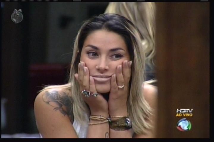 Dani Bolina conversa com os peões (11/08/11)