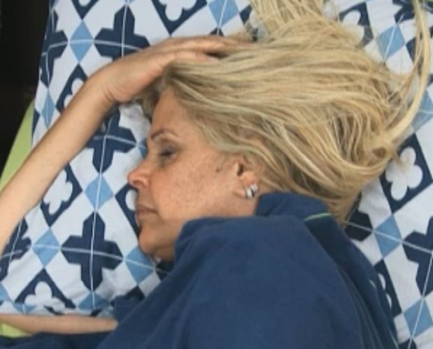 Monique descansa de manhã (11/9/11)