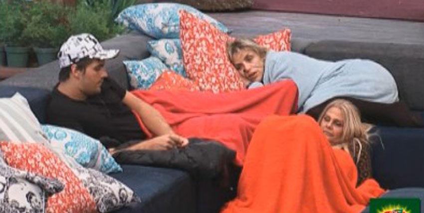 Anna, Thiago, e Monique falam sobre a Prova do Fazendeiro, que acontece na terça (22/8/2011)