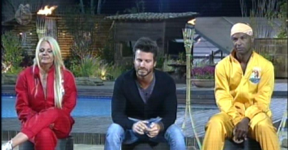 Dinei foi indicado para a Roça pela fazendeira Joana Machado e concorreu com Marlon e Monique ao cargo de fazendeiro (18/9/11)