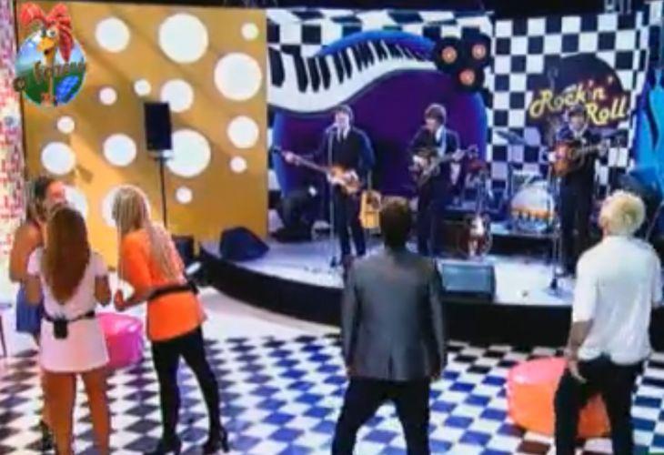 Peões assistem show (09/09/11)