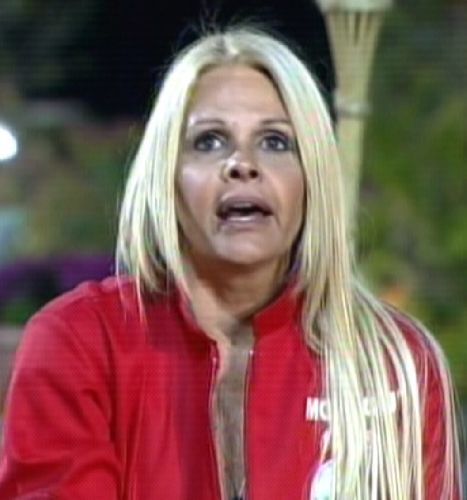 Monique justifica voto em Marlon (18/09/11)
