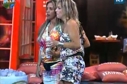 Renata Banhara e Anna Markun na festa desta sexta-feira (22/07/11)