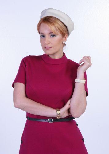 Dra. Marcela (Luciana Vendramini)
