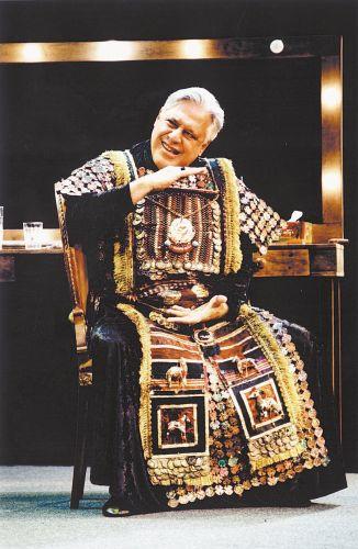 Antônio Fagundes em cena da peça