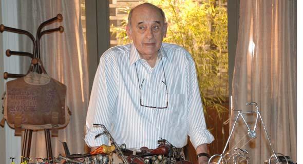 MAURO (Sebastião Vasconcelos)