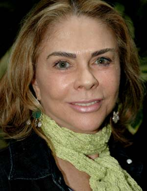 RUTH (Maria Cláudia)